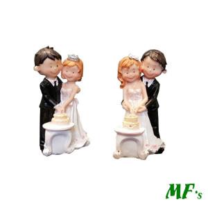 Sposi resina con torta 2 modelli assortiti